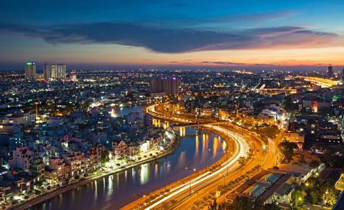 罗曼股份中标7299万市容灯光项目 中国金融观察网www.chinaesm.com